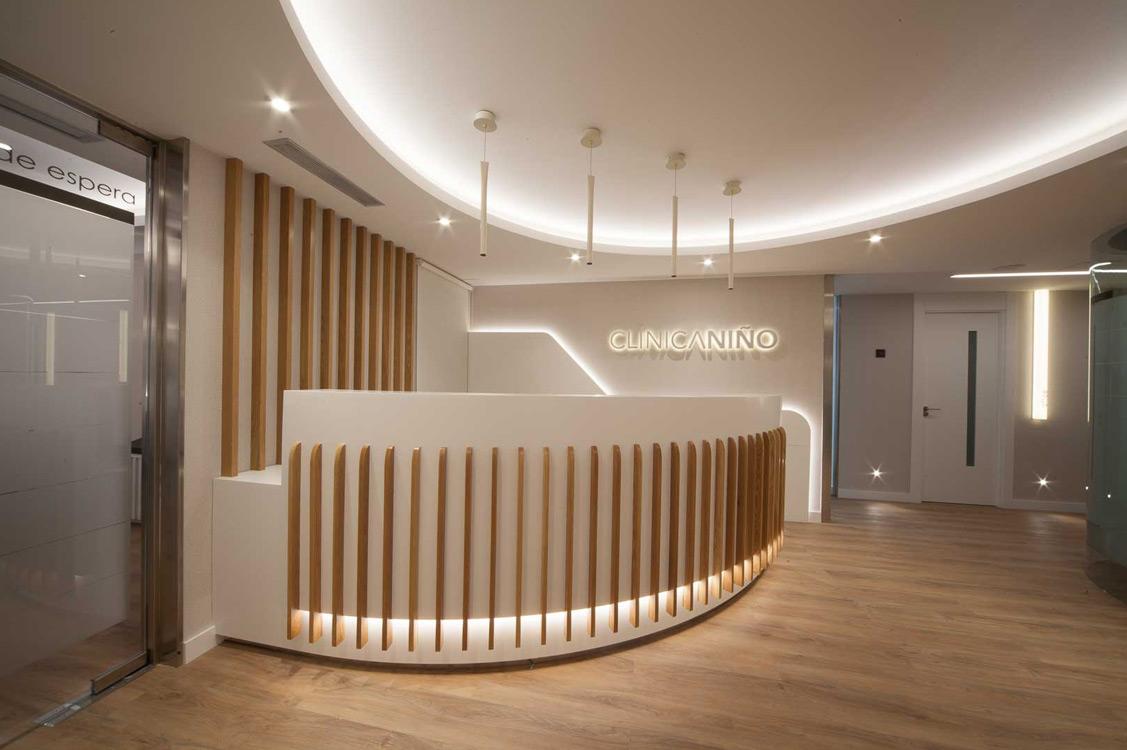 N&N. Nuño y Nuño Arquitectura interior Zaragoza. Interiorismo y decoración. Clínica Dental R. Niño, Zaragoza